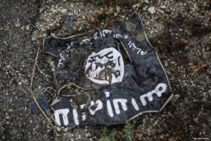 Daesh flag [SpuntnikInt/Twitter]